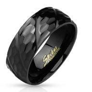 Oceľový prsteň - čierna s drážkami a vzorom